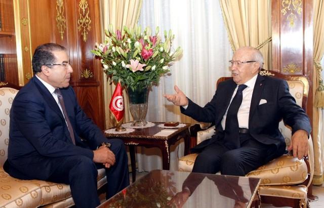 الباجي + وزير الخارجية