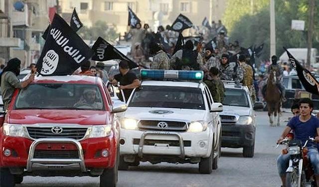 """بالفيديو، تطور خطير بليبيا.. مدينة درنة أول إمارة """"داعشية"""""""