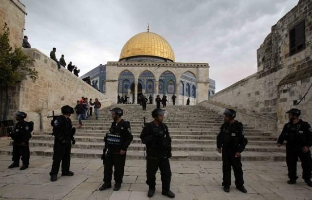 قوات-الاحتلال-بالقرب-من-المسجد-الأقصى