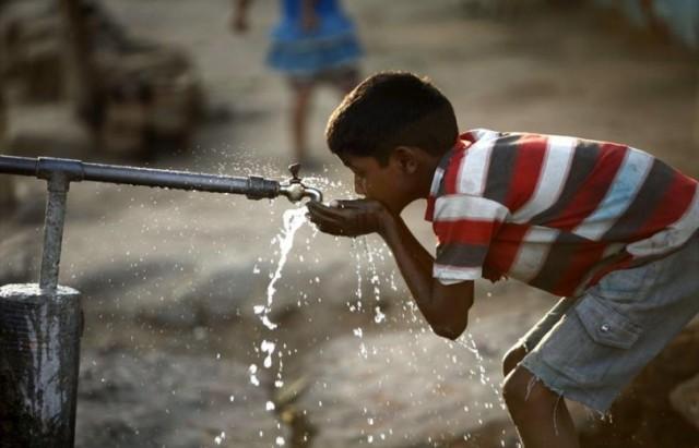 تونس-مجلس-وزراي-يوصي-بالمتابعة-اليومية-لملف-مياه-الشرب-810x540