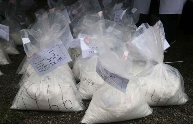 2048x1536-fit_sachets-cocaine-saisis-police-perou-3-septembre-2014