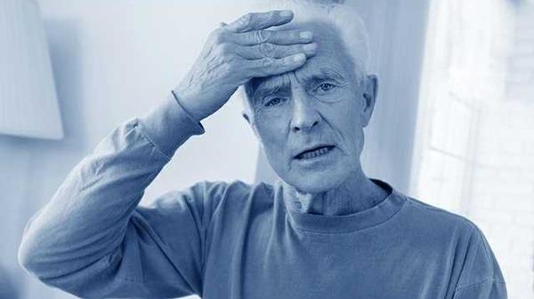مرض الزهايمر عند المسن