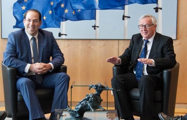 الشاهد مع رئيس مفوضية الاتحاد الاوروبي
