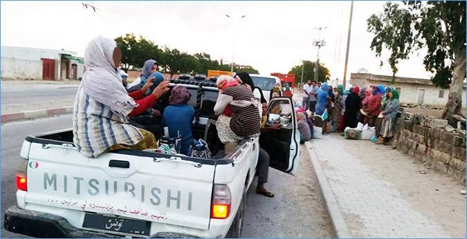 صباح اليوم/ القيروان: سقوط 9 عاملات فلاحيات من شاحنة.. واثنتان منهن في حالة خطيرة