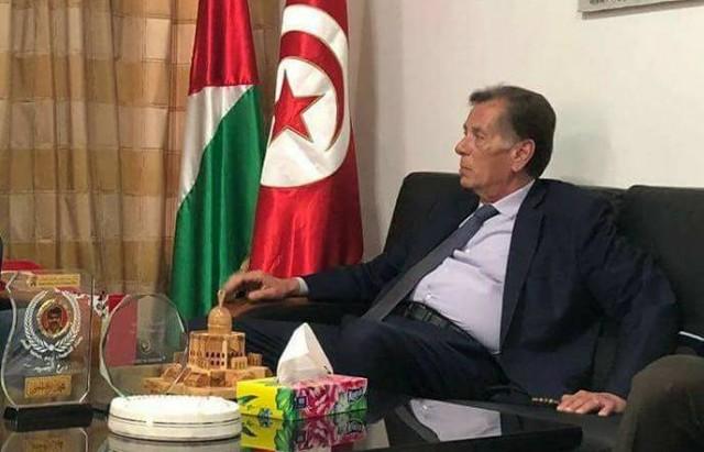 سفير فلسطين هائل الفاهم