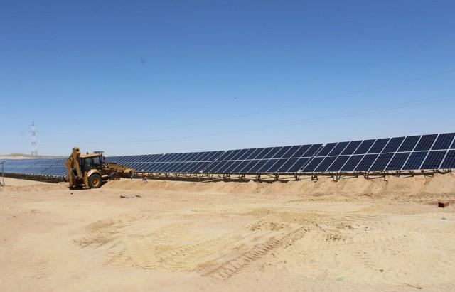 مشروع الطاقة الشمسية بتوزر