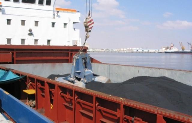 الفحم البترولي-ميناء قابس