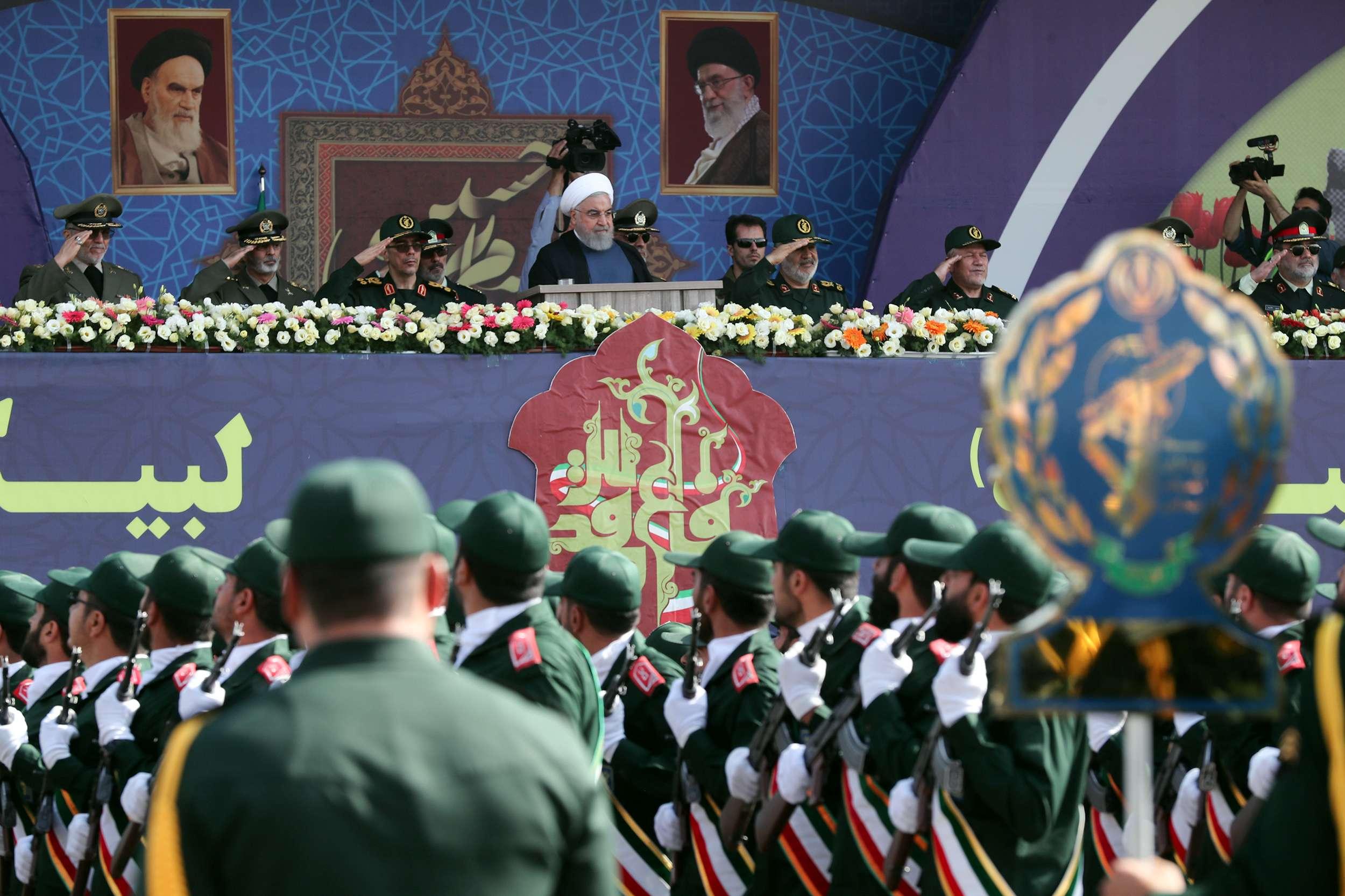 20190922093430reup--2019-09-22t093310z_1255690443_rc1653b3be20_rtrmadp_3_iran-army-day.h