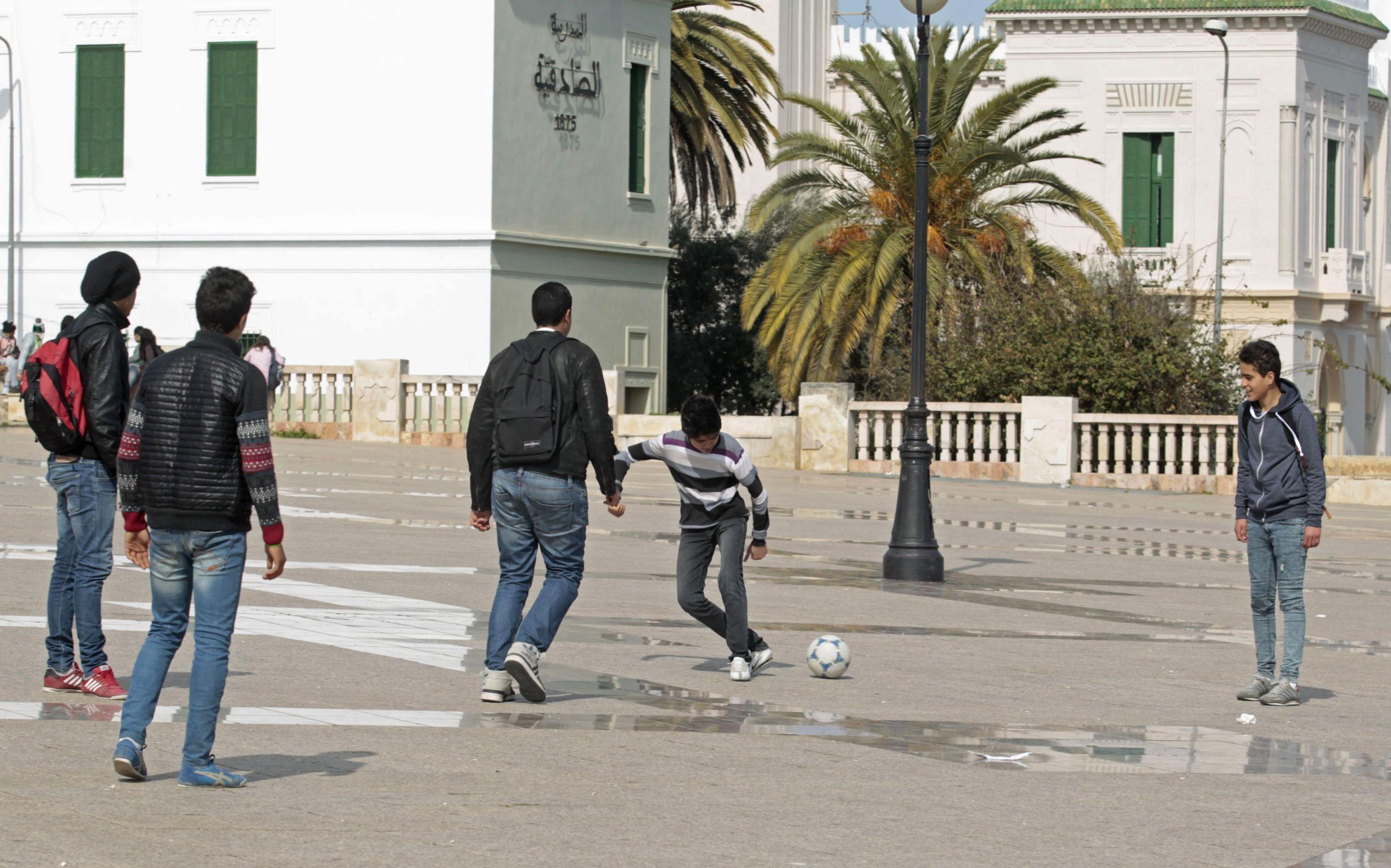 20150302131442reup--2015-03-02t131312z_2048448057_gm1eb321muf01_rtrmadp_3_tunisia-reform.h