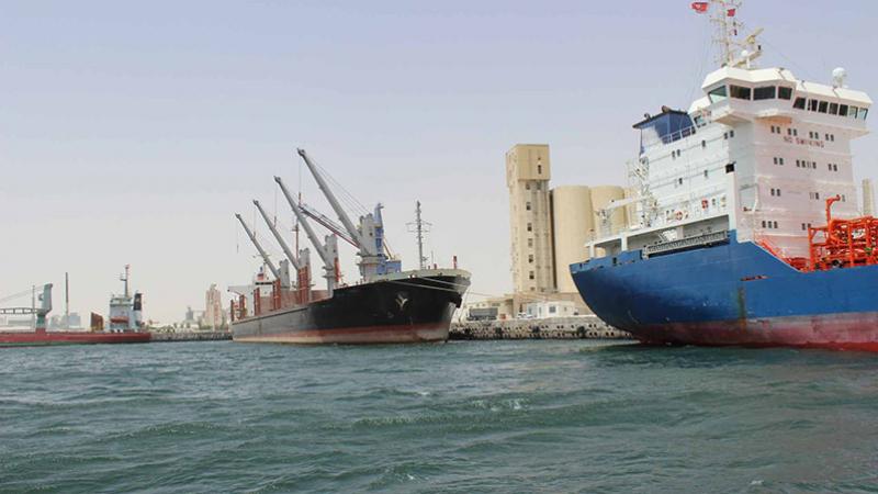 الميناء التجاري بقابس