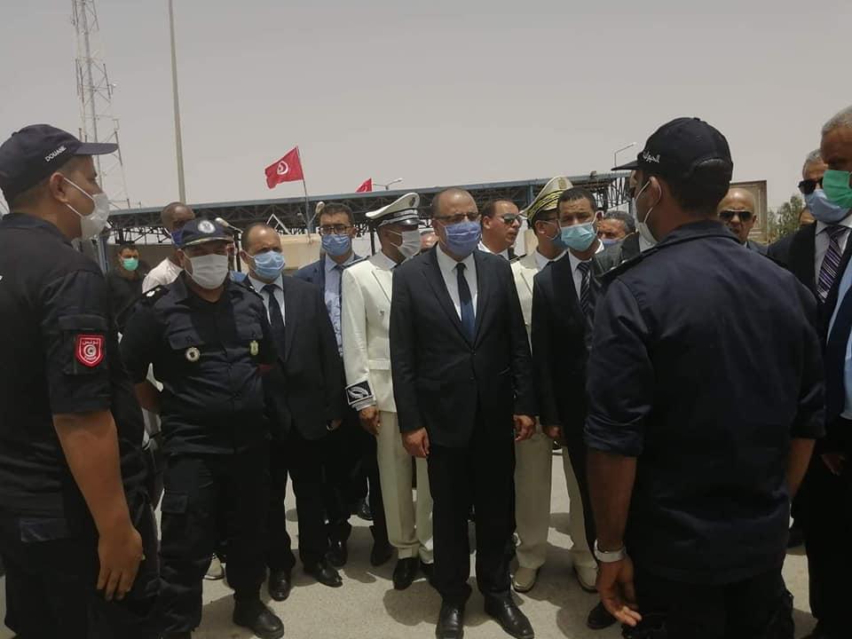 وزير الداخلية في معبر ذهيبة