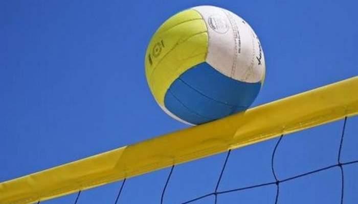 الكرة الطائرة -
