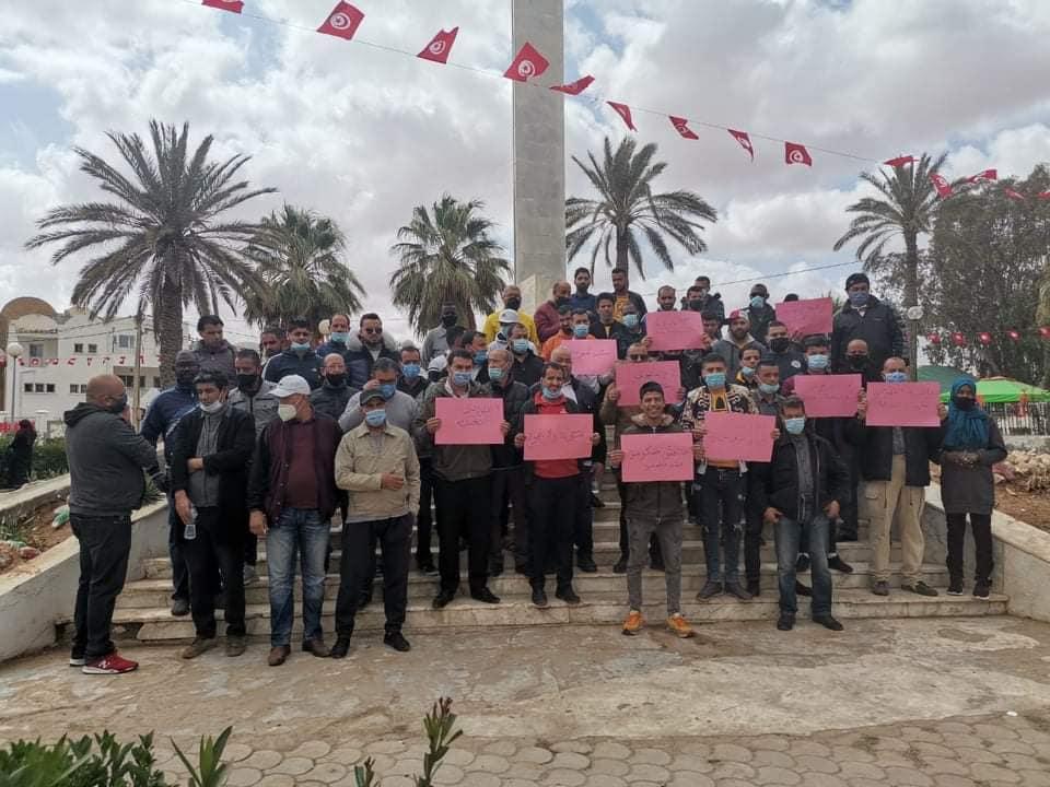 احتجاج اصحاب المقاهي بمدنين